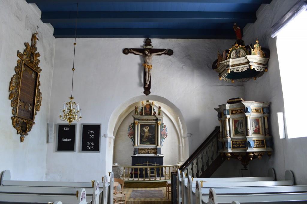 Kirken indvendig mod øst