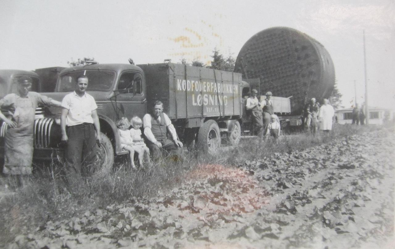 """Kødfoderfabrikken """"Løsning"""" havde egne lastbiler"""