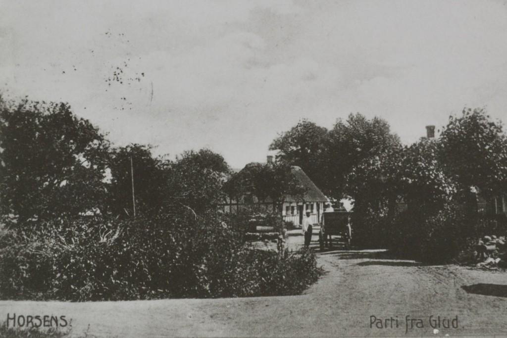 Skamfutgade set fra vest med det gamle enkesæde