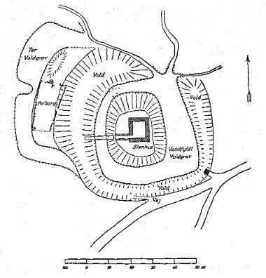 Grundtegning af Stagsevold, som anlægget fremstod ved Nationalmuseets udgrav-ning i 1941-42.