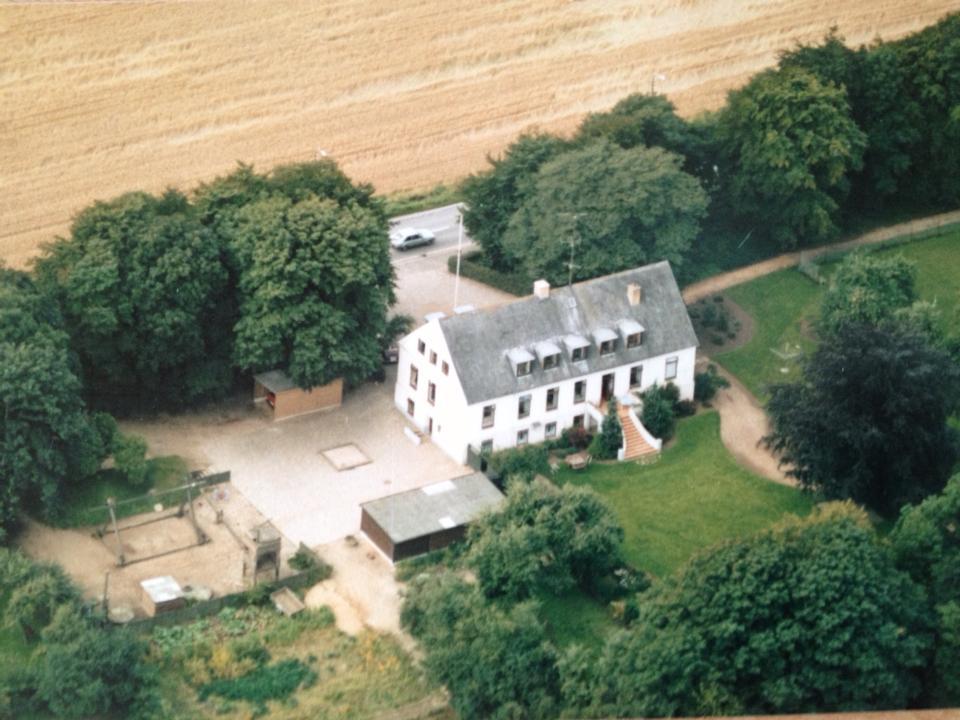 Dommergården luftfoto før 1991