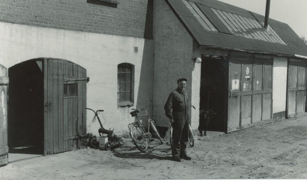 Autoværksted - Peter Frederiksen Smedevænget 1